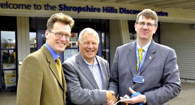 shdc keys handover - Shropshire Council Newsroom
